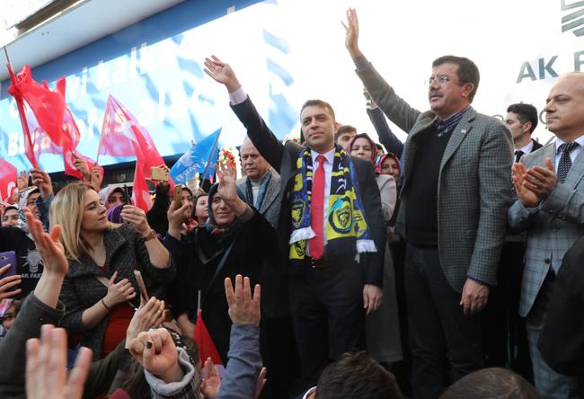 """Zeybekci: """"Bunları söylemek de siyasi acizliktir"""""""